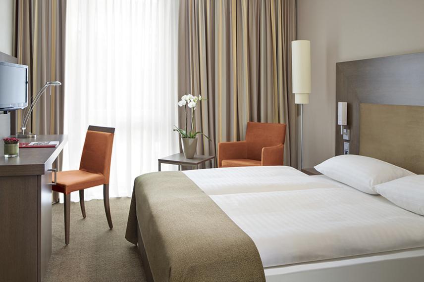 Hotel Slider 11