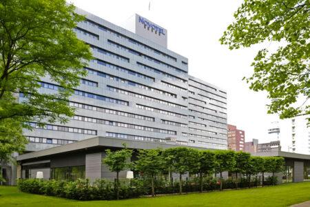 Hotel Novotel Amsterdam City Außenansicht