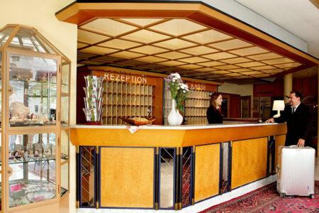 Rheinhotel Vier Jahreszeiten Bad Breisig Lobby