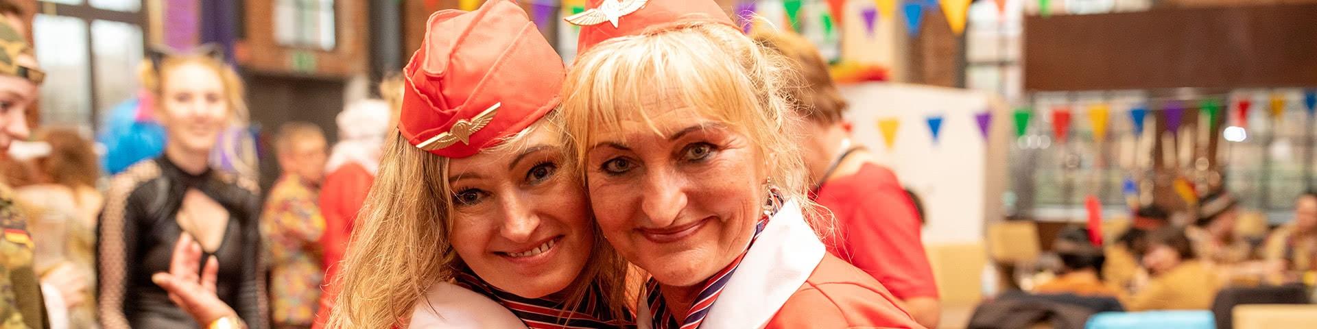 Partyspaß auf der Altweiberparty im Beverland