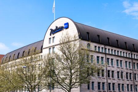 Außenansicht des Radisson Blu Hotel Bremen