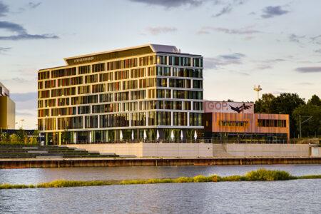Außenansicht vom Steigenberger Hotel in Bremen