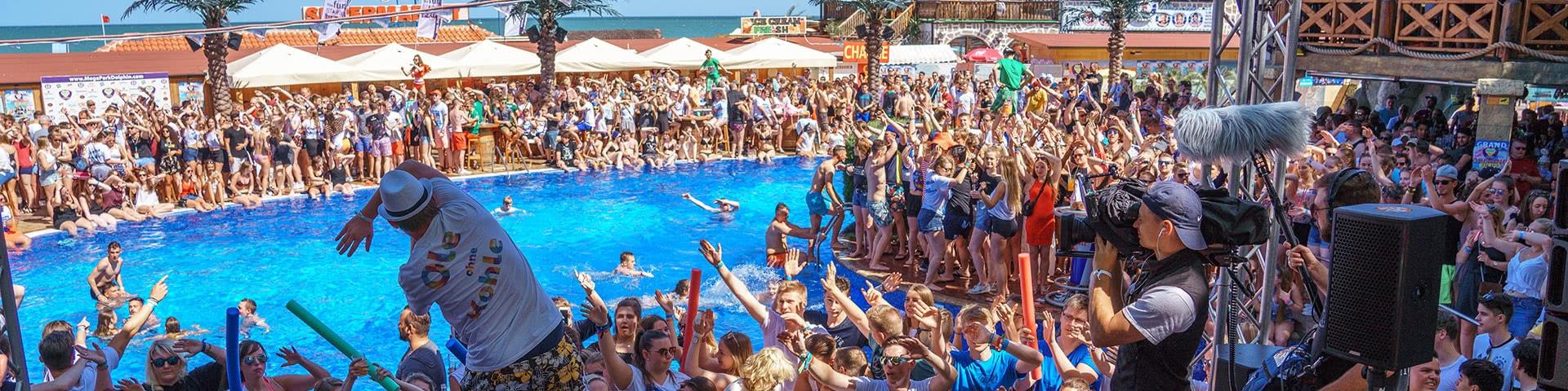 Partystimmung im Dolphin Megapark in Bulgarien