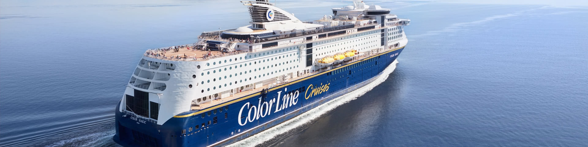 Color-Line-Schiff auf dem Meer