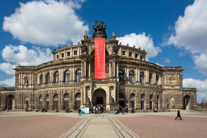 Außenansicht der Semper-Oper in Dresden