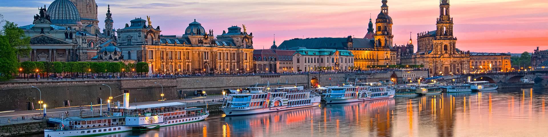 Elbflorenz in Dresden bei Sonnenuntergang