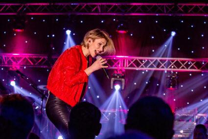 Anna-Maria ZImmermann beim Schlagerfinale in Egmond aan Zee