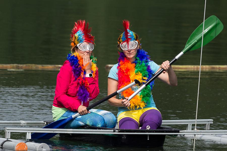 Mannschaftsfahrt zum Badewannenrennen an den Silbersee nach Frielendorf