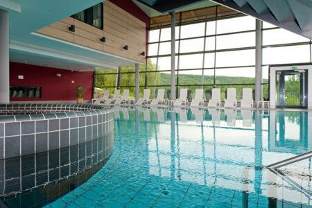 Schwimmbad im Ferienwohnpark am Silbersee in Frielendorf