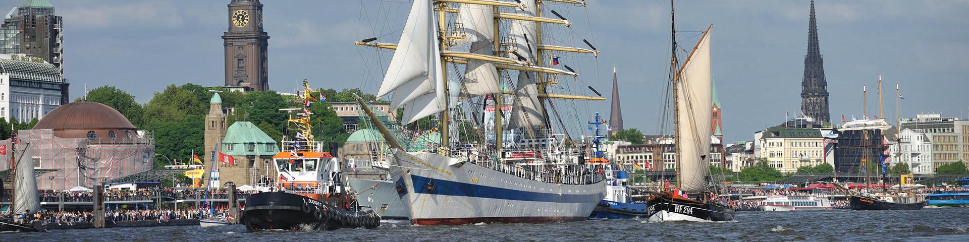 Großer Hafengeburtstag in Hamburg