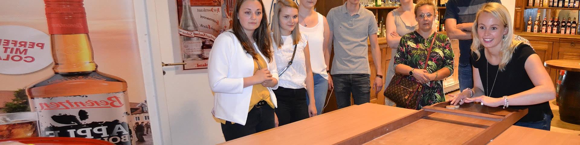 Gruppe bem Gudium im Berentzen Hof in Haselünne