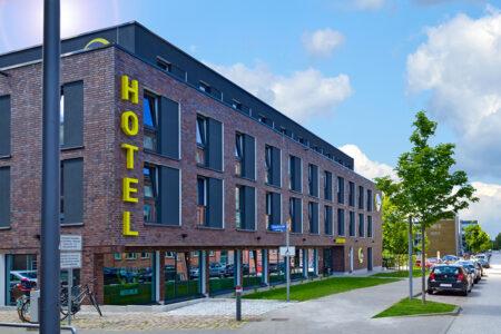Außenansicht B&B Hotel Kiel-Wissenschaftspark