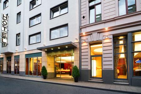Außenansicht Hotel Flandrischer Hof Köln