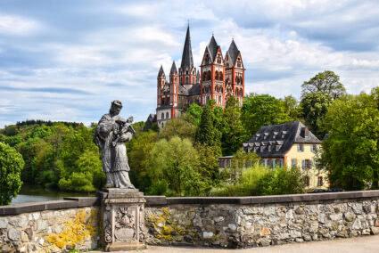 Blick auf den Limburger Dom in Limburg