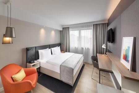 Zimmer im Hotel Holiday Inn Munich City Centre in München