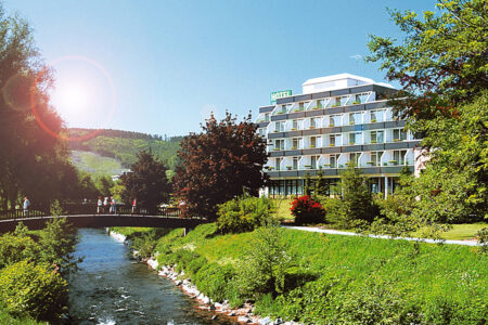 Außenansicht vom Parkhotel Olsberg