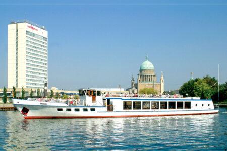 """Schiff """"Weiße Flotte"""" Potsdam"""