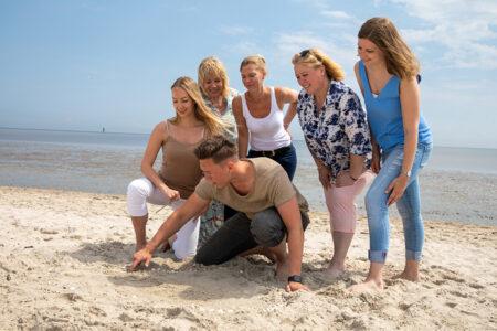 Gruppe am Strand in Schillig
