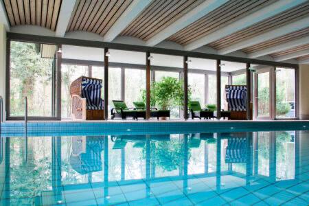 Schwimmbad im Parkhotel Soltau