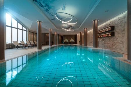 Schwimmbad Land & Golf Hotel Stromberg