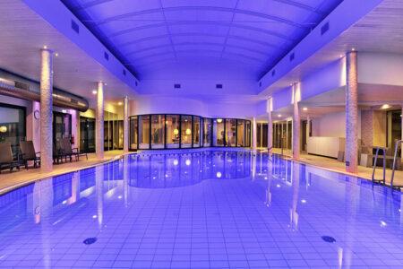 Schwimmbad im Van der Valk Hotel Tiel