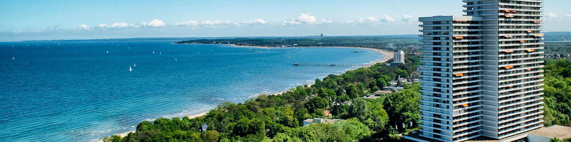 Außenansicht mit Blick auf die Ostsee vom Maritim Club Hotel Timmendorfer Strand