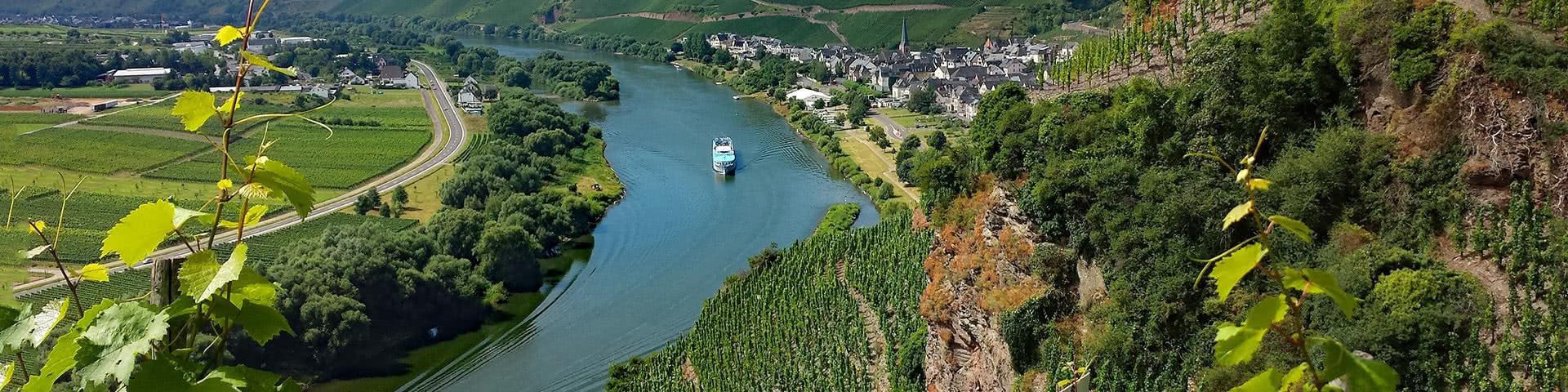 Schifffahrt auf der Mosel in Trier