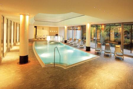 Schwimmbad im Best Western Plus Hotel Willingen