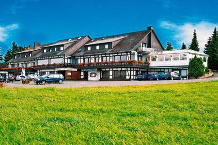 Außenansicht Hotel-Resort Der schöne Asten in Winterberg