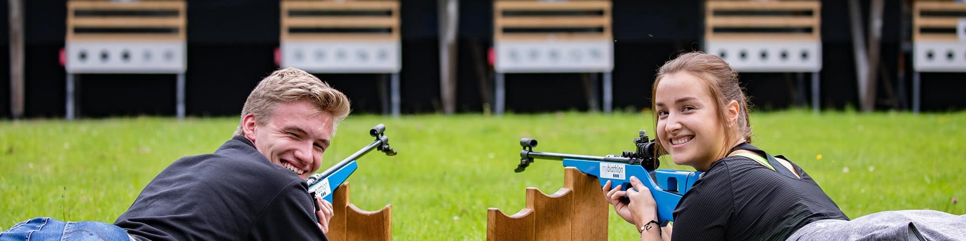 Gute Laune beim Biathlon schießen in Winterberg