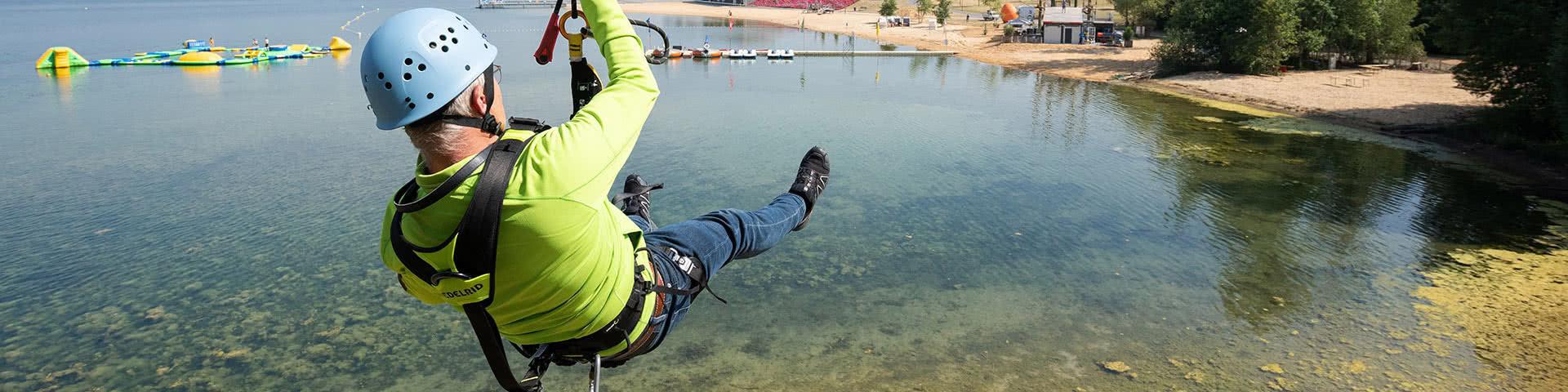 Zipline fahren über den Zülpicher See
